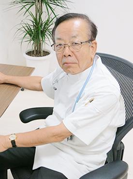 院長 内科・循環器内科担当 小澤武文 写真